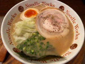 ヌードルワークス茅ヶ崎本店に行ってきた!TRYを受賞した大分豚骨ラーメン!